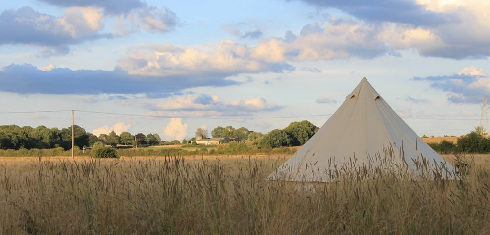 IMG_5205-Bell-tent-setting-e1379521450962